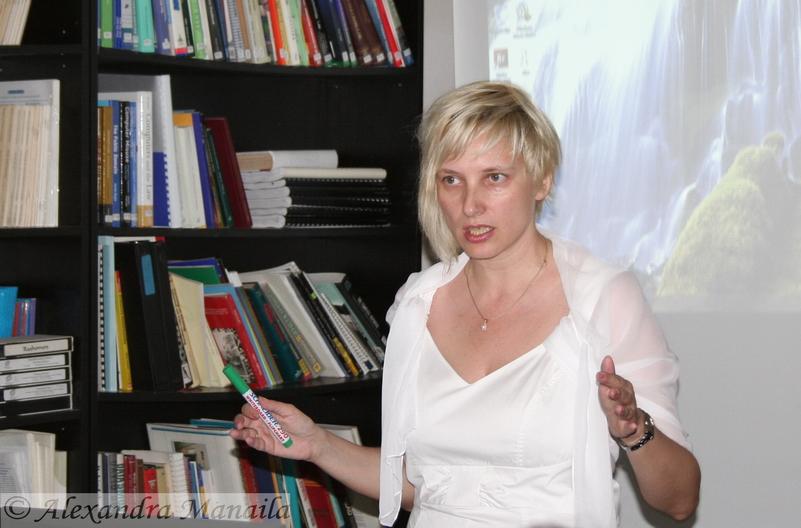 Trainer in jurnalismul de sanatate-alexandramanaila.ro-1