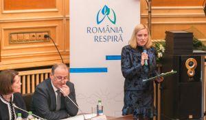 Alexandra Manaila prezentand la Romania respira